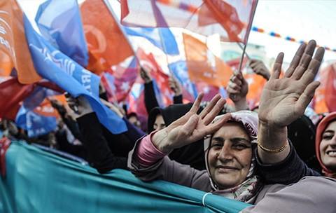 turkiye-de-siyasal-iletisim-2007-2015s