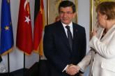 """Türk-Alman İlişkilerinde """"Güven' Sorunu"""