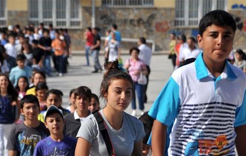 Türkiye'de Ortaöğretimin Geleceği: Hiyerarşi mi, Eşitlik mi?