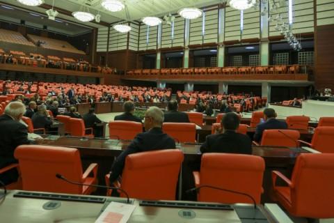 TBMM Genel Kurulu, Meclis Başkanı İsmail Kahraman başkanlığında toplandı. ( Orhan Karslı - Anadolu Ajansı )