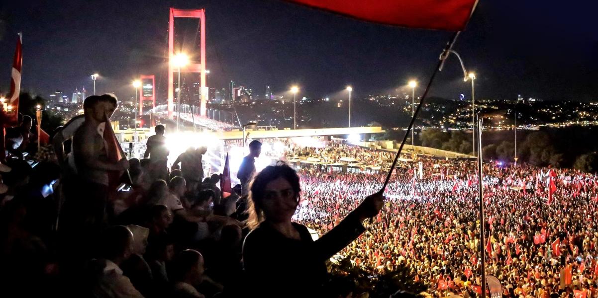 Demokrasi Nöbetleri: Toplumsal Algıda 15 Temmuz Darbe Girişimi