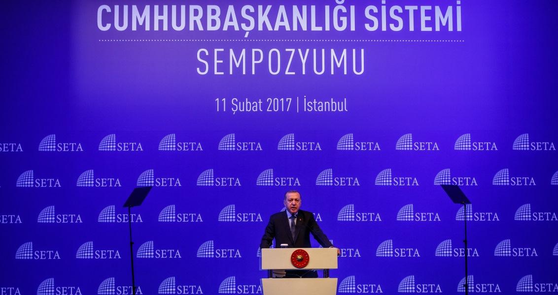 Türkiye'de Siyasal Sistemin Dönüşümü ve Cumhurbaşkanlığı Sistemi Sempozyumu