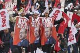 """""""Evet Platformu"""" tarafından düzenlenen """"İstanbul Buluşması"""" Yenikapı Meydanı'nda gerçekleşti. Mitinge çok sayıda vatandaş katıldı. ( Bülent Doruk - Anadolu Ajansı )"""
