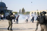 Mescid-i Aksa'da Siyonist İsrail Askerleri