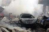 Bir hava saldırısından sonra İdlib'de pazar yeri