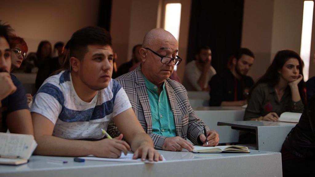 Hukuk Fakültesi Öğrencileri