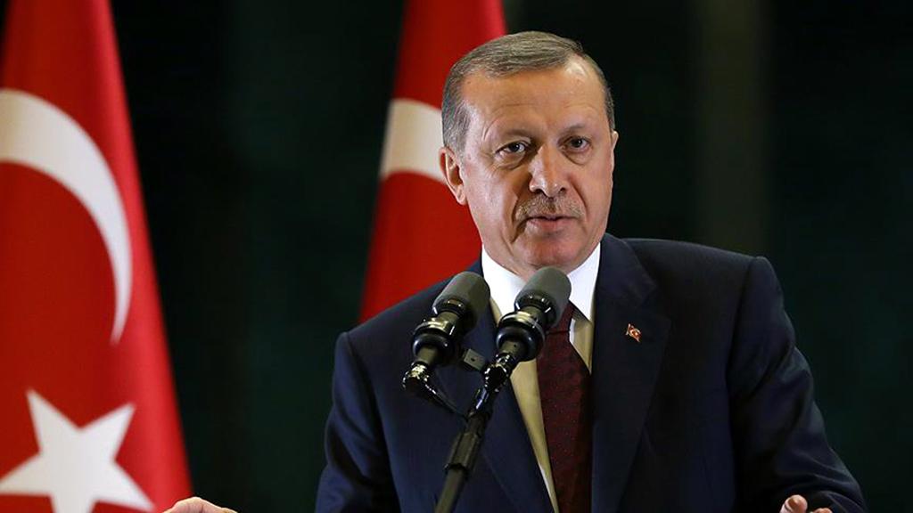AK Parti'nin Listeleri Yeni Sisteme Geçişin Habercisi