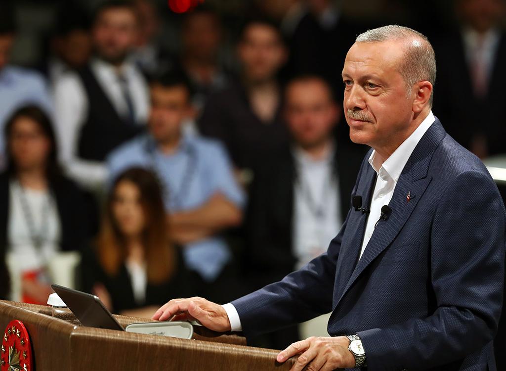 Neden Erdoğan? Neden AK Parti?