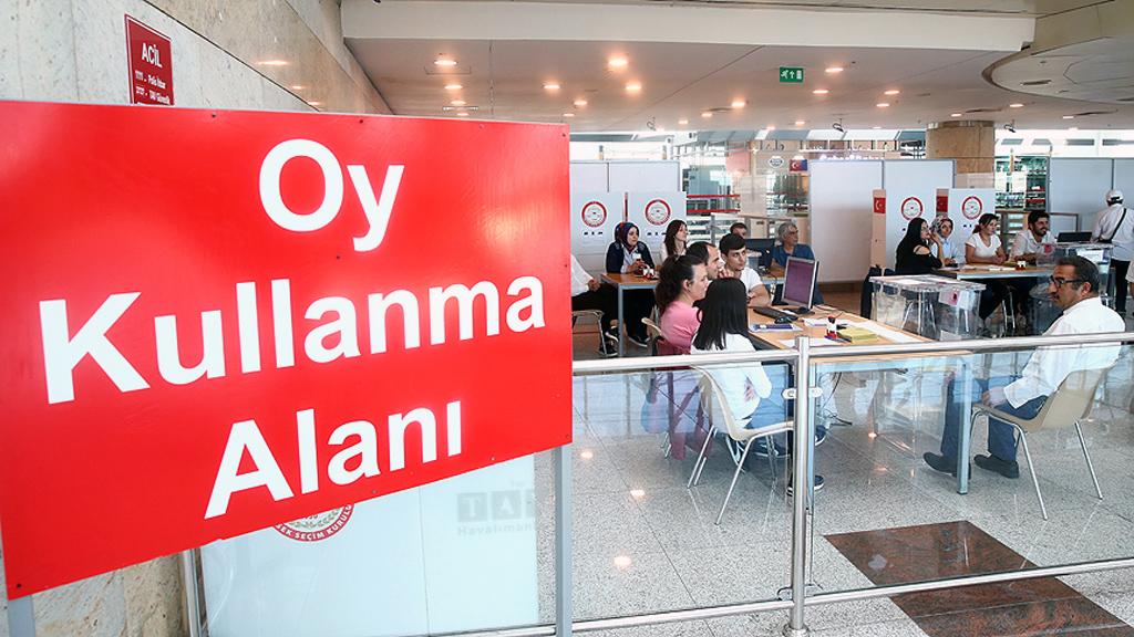 Ankara Esenboğa Havalimanı Oy Kullanma Alanı