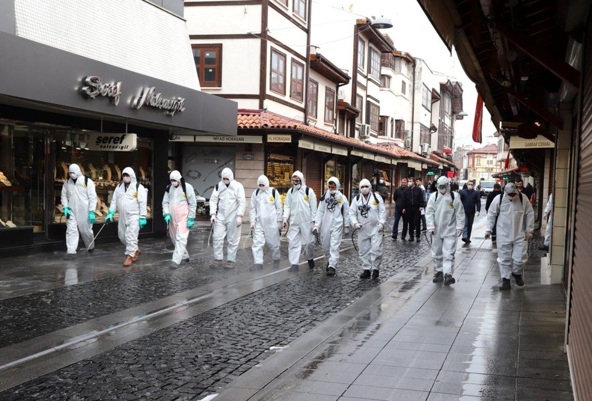 تركيا وإدارة أزمة فيروس كورونا