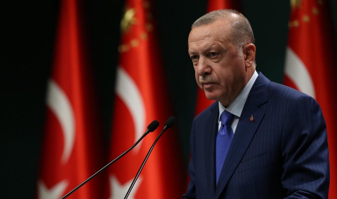 رد أردوغان على عبور ماكرون روبيكون بقطع عقدة غورديه