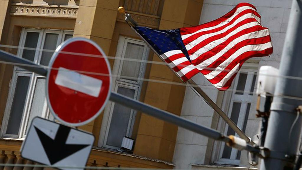 تركيا بين العقوبات الأمريكية والإشادة الروسية بمواقف الرئاسة