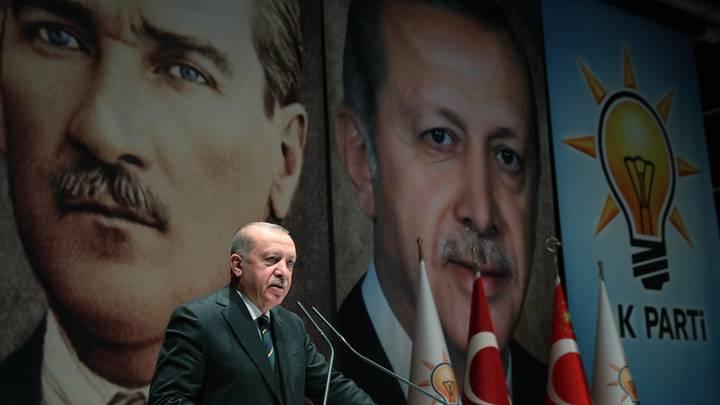 رسائل أردوغان خلال المؤتمر السابع لحزب العدالة والتنمية
