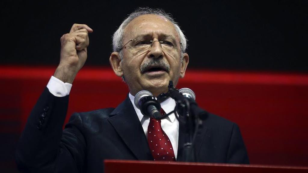 """من الذي يضع """"بقاء"""" تركيا محل تساؤل؟"""