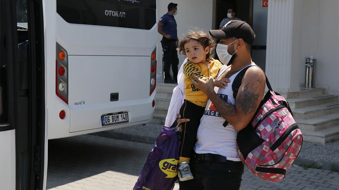 خرافات ومفاهيم خاطئة حول قضية المهاجرين في تركيا