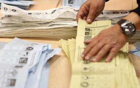 17 Aralık'tan 30 Mart'a Türkiye'nin Ekonomik Seçimi: Oylar İstikrara