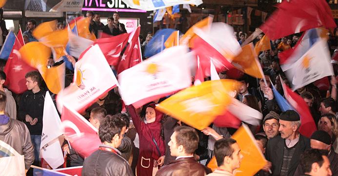 AK Parti ve Seçimler