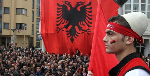 Balkanlardaki Politikamızı Duygusallıktan Kurtarmalıyız