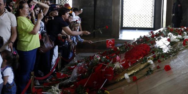 Bir Direniş İmkânı Olarak Atatürk!