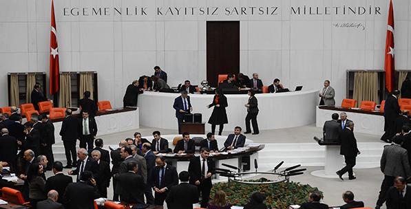Demokrasinin Serüveni, Parlamenter Sistemin Krizi