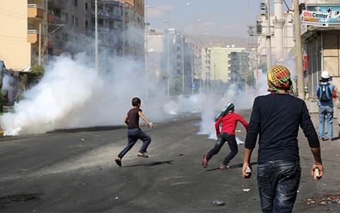 PYD/PKK Neden Yakıp Yıkıyor?