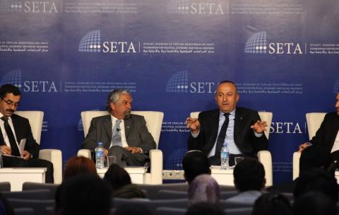 """SETA'da """"BM ve Uluslararası Eşitsizlik' Tartışıldı"""