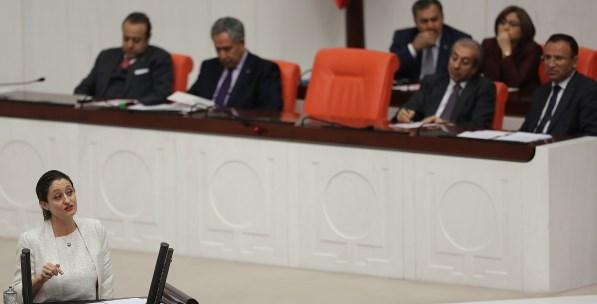 """""""Yeni CHP'nin Yeni Had Bildirme Tarzı"""