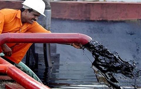 Petrol Fiyatlarındaki Düşüş Üretici Ülke Ekonomilerini Vuracak