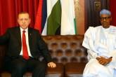 Cumhurbaşkanı Recep Tayyip Erdoğan (solda) ile Nijerya Devlet Başkanı Muhammed Buhari, heyetlerarası ve ikili görüşmenin ardından basın toplantısı düzenledi. ( Kayhan Özer - Anadolu Ajansı )