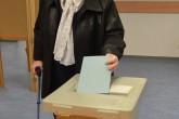 Avusturya'da seçmenler, yeni cumhurbaşkanını belirlemek için ikinci kez sandık başına gitti. Ülkedeki kayıtlı 6 milyon 384 bin 331 seçmen, seçim bölgelerinde kurulan sandıklara giderek oylarını kullanmaya başladı. ( Hasan Tosun - Anadolu Ajansı )