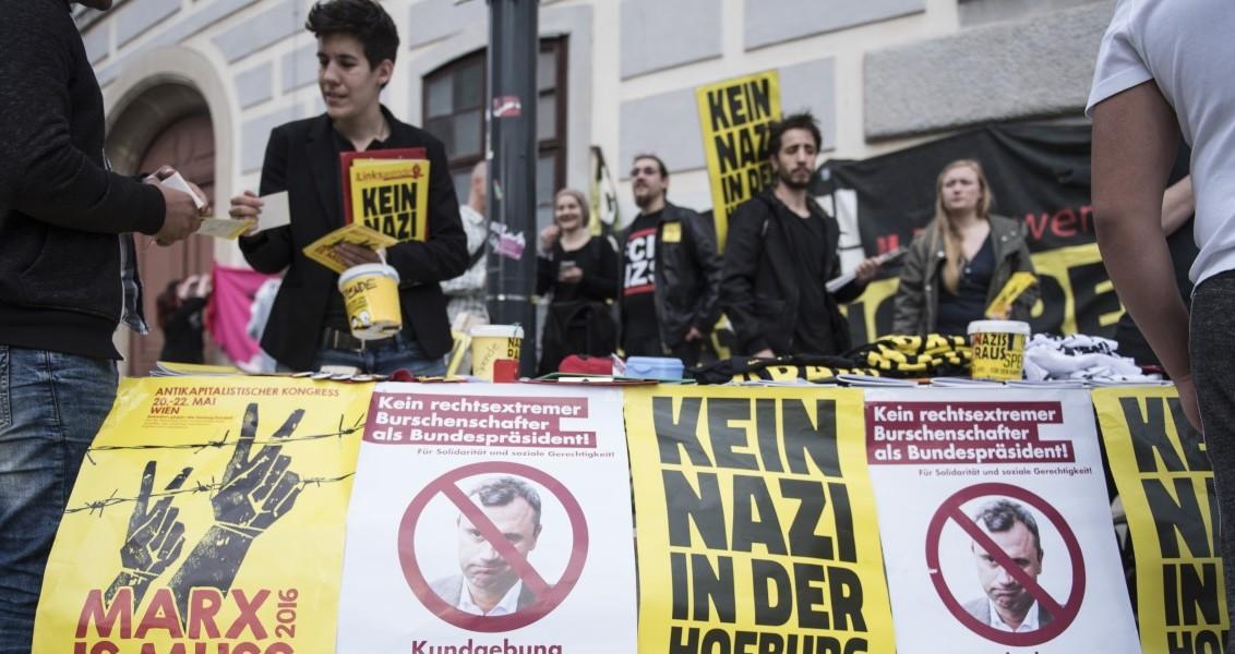 Avusturya'nın başkenti Viyana'da aşırıcı sağcı Avusturya Özgürlük Partili (FPÖ) cumhurbaşkanı adayı Norbert Hofer'a karşı protesto gösterisi düzenlendi. ( Omar Marques - Anadolu Ajansı )