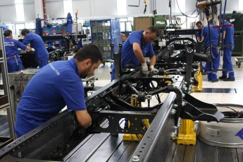 Teşvik sisteminde 5. bölgede yer alan Aksaray'da, 2013 yılında Organize Sanayi Bölgesi'nde (OSB) tahsisi yapılan parsel miktarı 1 milyon 434 bin 255 metrekare olurken, yeni yatırımlarla 5 bin 331 kişiye daha iş imkanı sağlanacak. (Adem KOÇAK - Anadolu Ajansı)