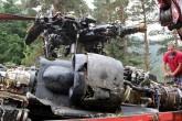 Giresun'un Alucra ilçesi Tohumluk köyü kırsalında düşen askeri helikopterin enkazını kaldırma çalışmaları tamamlandı.  ( Atakan Çıtlak - Anadolu Ajansı )