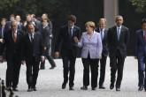 (Soldan sağa) Italya Başbakanı Matteo Renzi, Avrupa Komisyonu Başkanı Jean-Claude Juncker, Fransa Cumhurbaşkanı Francois Hollande, Kanada Başbakanı Justin Trudeau, Almanya Başbakanı Angela Merkel, Avrupa Konseyi Başkanı Donald Tusk, ABD başkanı Barack Obama, Japonya Başbakanı Shinzo Abe ve İngiltere Başbakanı David Cameron G7 Liderler Zirvesi'nin ilk gününde Ise- Jingu Tapınağı'nı ziyaret etti. ( Japonya Dışişleri Bakanlığı - Anadolu Ajansı )