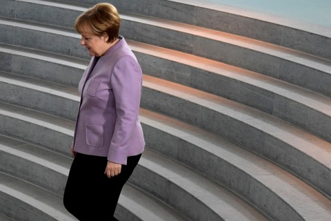 German Chancellor Angela Merkel arrives for a meeting with Chinese government representatives after a signing an agreement between both countries on cooperation in the football sector at the German Chancellery in Berlin on November 25, 2016. / AFP PHOTO / TOBIAS SCHWARZ