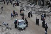Suriye'nin Halep kentinin kuzeydoğu kesimlerinden Esed güçlerinin saldırılarından kaçan vatandaşlar, kentin güneydoğusundaki muhaliflerin denetiminde yer alan Şear semtinden geçerek Tarik el Bab, Şear, Cezmetli, Müyesser, Eski Halep, Bustan el Kasr, Seyf el Devle, Selahaddin ve Sükkeri semtlerine göç etti. Esed güçlerinin kara ve hava saldırılarından kaçan siviller, yoğun saldırılarda harabeye dönmüş sokaklardan yürüyerek, bisiklet, at arabası ve tekerlekli sandalye kullanarak göç etti. ( Ibrahim Ebu Leys - Anadolu Ajansı )