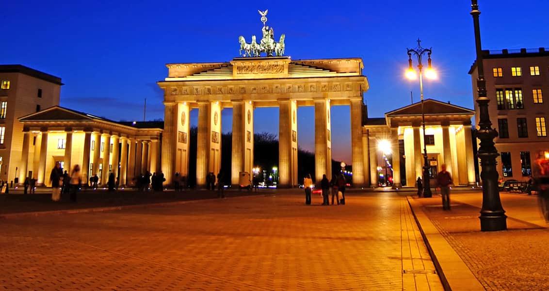 Almanya'da FETÖ Yapılanması ve Almanya'nın FETÖ Politikası