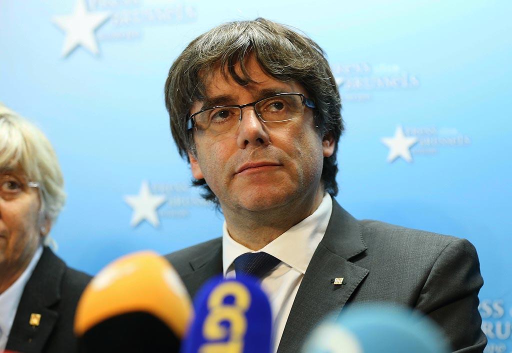 Katalonya özerk yönetimi eski lideri Carles Puigdemont, Brüksel