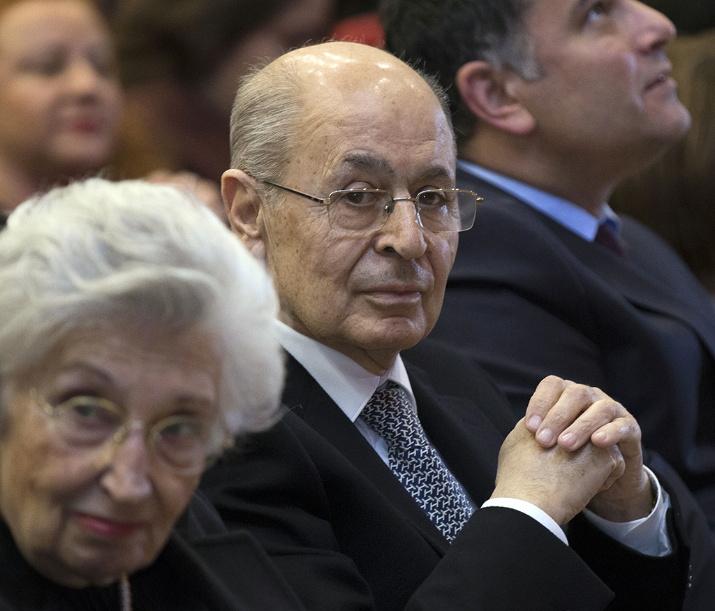 Ahmet Necdet Sezer
