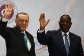 Cumhurbaşkanı Recep Tayyip Erdoğan, Senegal Cumhurbaşkanı Macky Sall ile birlikte Dakar Uluslararası Abdou Diouf Konferans Merkezi'nde düzenlenen Türkiye-Senegal İş Forumu'na katıldı.