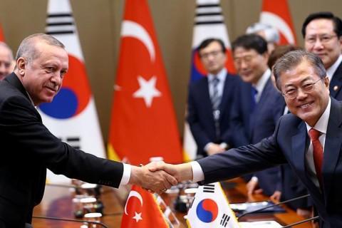 Cumhurbaşkanı Recep Tayyip Erdoğan ile Güney Kore Devlet Başkanı Moon Jae-in