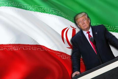 Donald Trump - İran Bayrağı