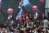CHP Genel Başkanı Kılıçdaroğlu, partilerinin cumhurbaşkanı adayının Yalova Milletvekili Muharrem İnce olduğunu açıkladı.