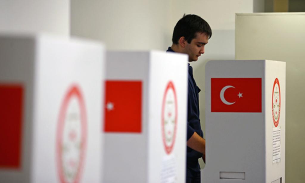 Oy Kullanan Vatandaş