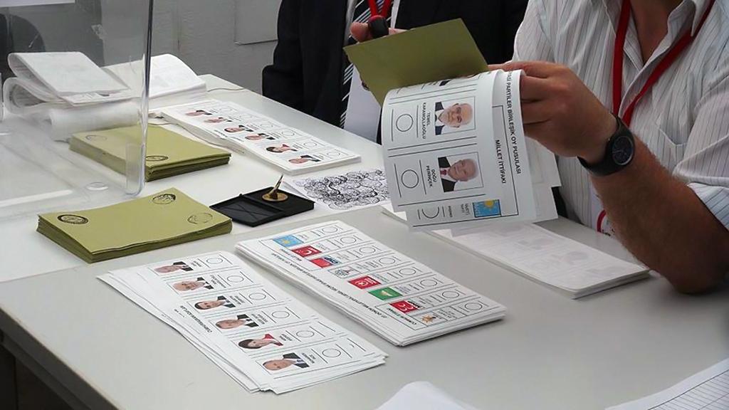 Son 12 Seçimin Rakamsal Analizi ve Geçersiz Oyların Yüksekliği Problemi