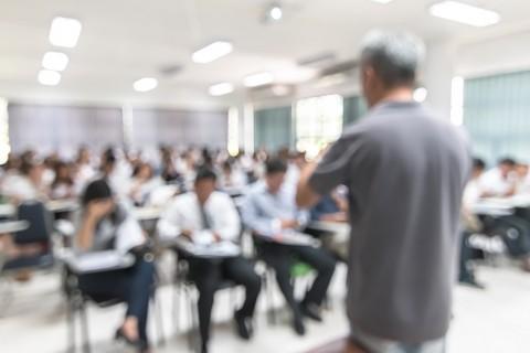 Rapor Yükseköğretimin Uluslararasılaşmasına Güncel Bir Bakış  Türkiye'de Uluslararası Akademisyenler