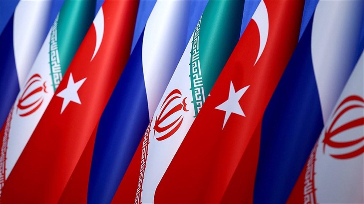 Türkiye Rusya İran Bayrakları