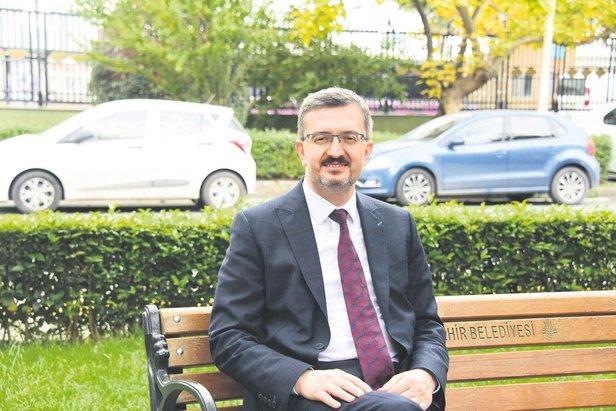 SETA Genel Koordinatörü Prof. Dr. Burhanettin Duran, Takvim'den Ali Değermenci'nin sorularını yanıtladı.