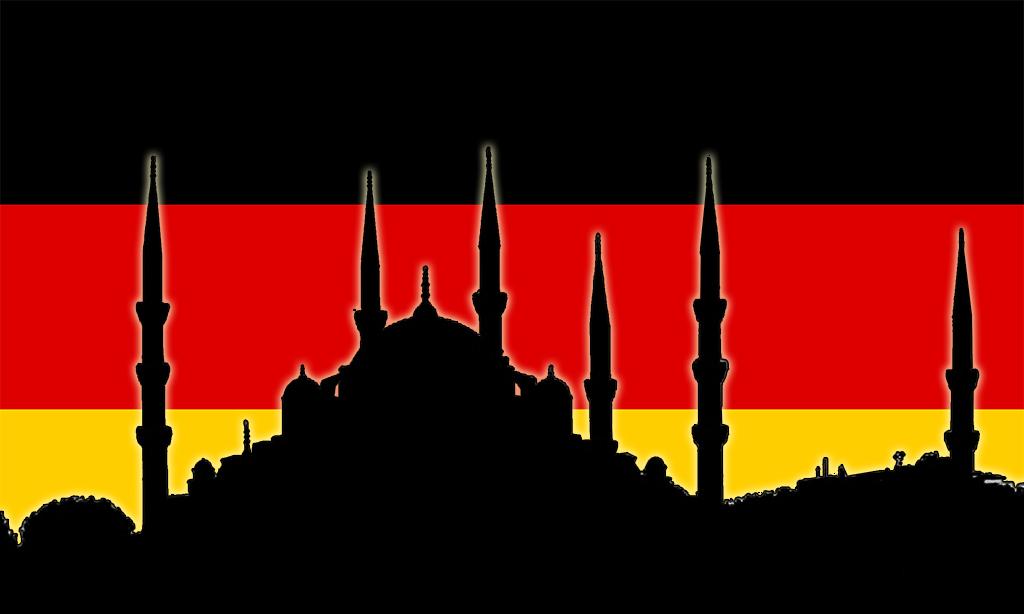 Alman Bayrağı üzerine Sultan Ahmet Camii silüeti