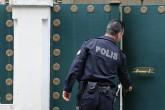 Suudi Arabistan Krallığı İstanbul Başkonsolosluğu kapısında Türk Polisi.